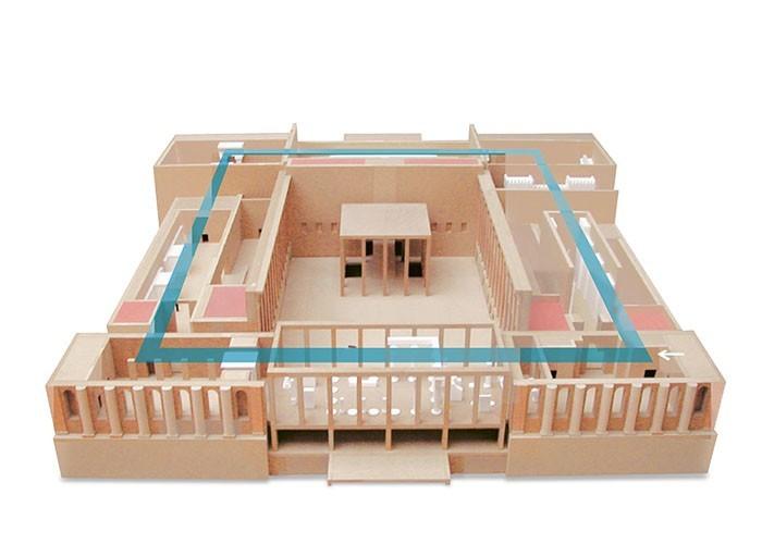 Modell des Hauptrundgangs im Pergamonmuseum