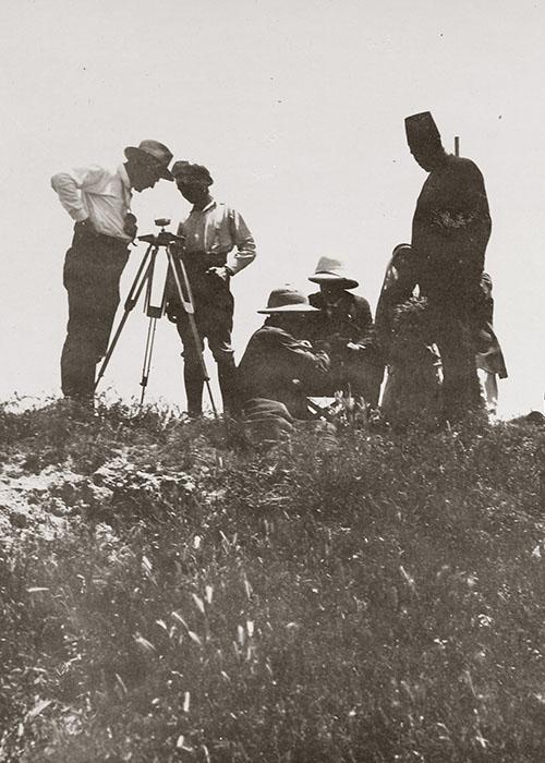 Vermessungsarbeiten in Ras el-Ain, 1929